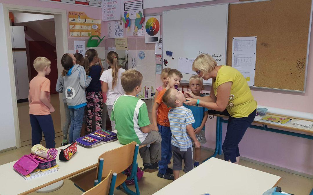 Prvi obisk zobne asistentke Irene Gortnar